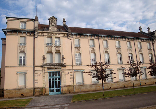 Ecole-Nle-de-lutherie_Mirecourt2014-1200w
